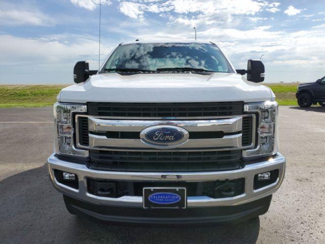 2019 Ford F-250 Super Duty XLT  $189 / week