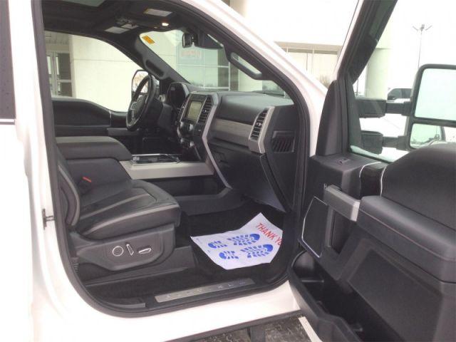 2019 Ford F-450 Super Duty Platinum  -  Navigation