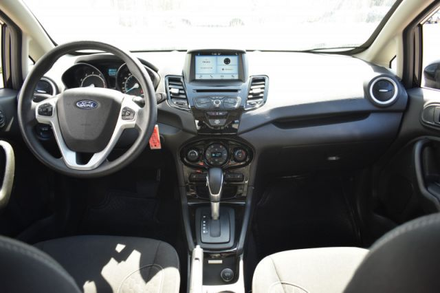 2019 Ford Fiesta SE Hatch    HEATED SEATS   BACK UP CAM  