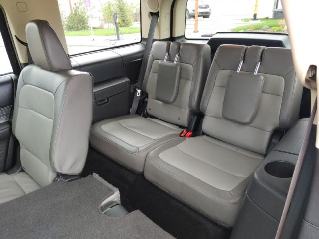 2019 Ford Flex Limited EcoBoost AWD   - Low miles- 7 passenger -