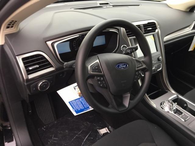 2019 Ford Fusion SE FWD
