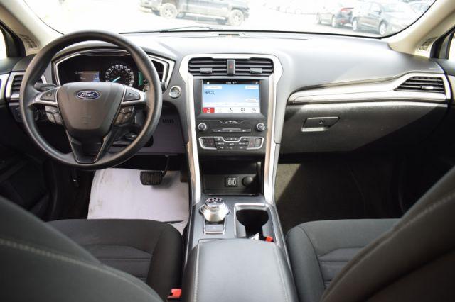 2019 Ford Fusion SE  | HEATED SEATS | DUAL CLIMATE |