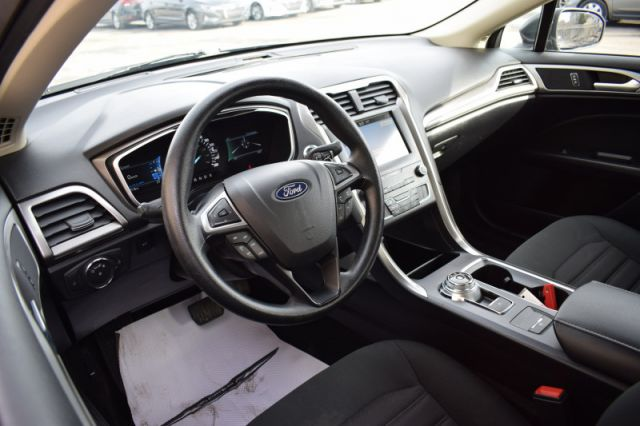 2019 Ford Fusion SE  | HEATED SEATS | DUAL CLIMATE |