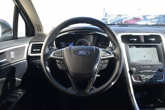 2019 Ford Fusion SE  | NAV | HEATED SEATS |