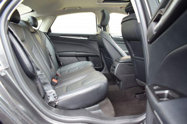 2019 Ford Fusion Hybrid Titanium  | BACKUP CAM | LEATHER SEATS |