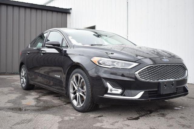 2019 Ford Fusion Hybrid Titanium  | HYBRID | SUNROOF  |