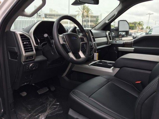 2019 Ford Super Duty F-250 SRW LARIAT 4WD Crew Cab 6.75 Box