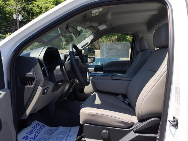 2019 Ford Super Duty F-350 DRW XL 4WD Reg Cab 145 WB 60 CA