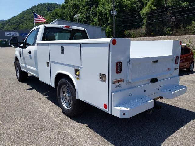 2019 Ford Super Duty F-350 SRW XL 2WD Reg Cab 145 WB 60 CA