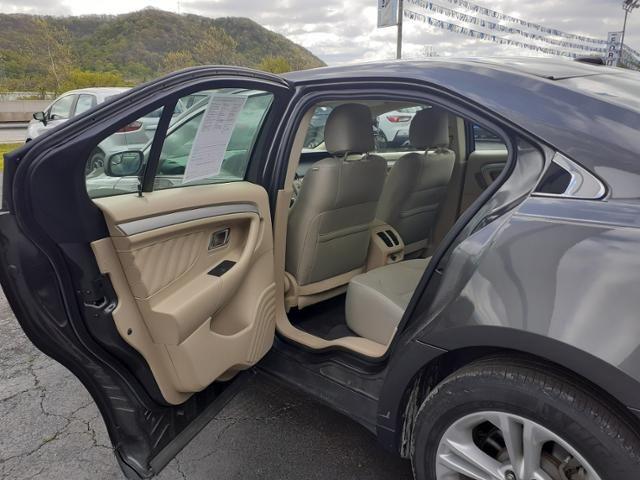 2019 Ford Taurus SE FWD