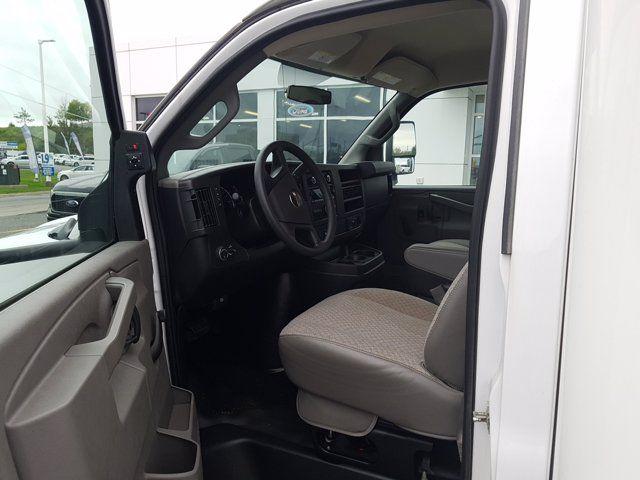 2019 GMC Savana Commercial Cutaway VAN 177