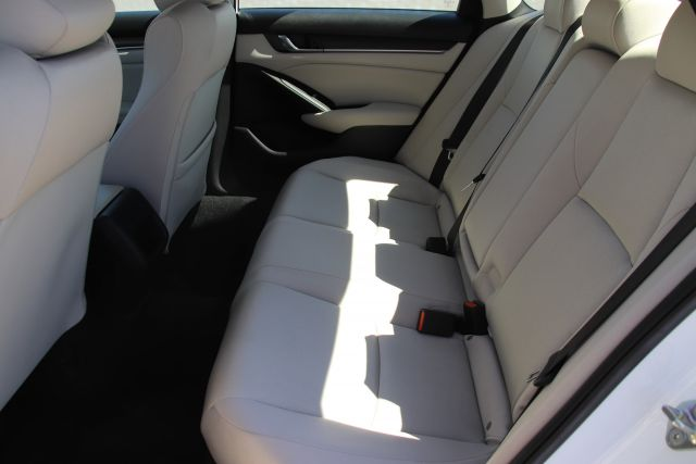 2019 Honda Accord LX Sedan