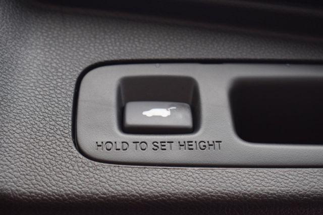 2019 Honda CR-V Touring AWD  | HEATED SEATS | NAV |