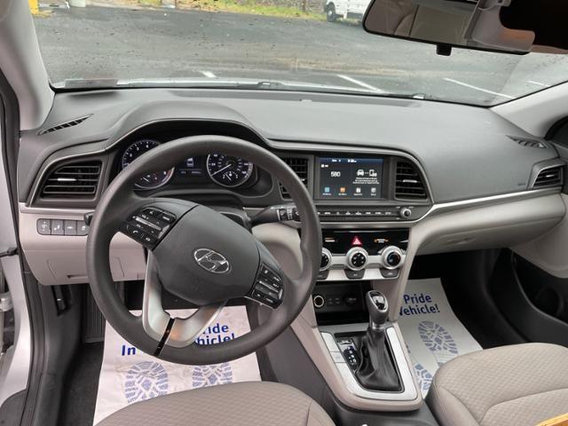 2019 Hyundai Elantra SEL Auto
