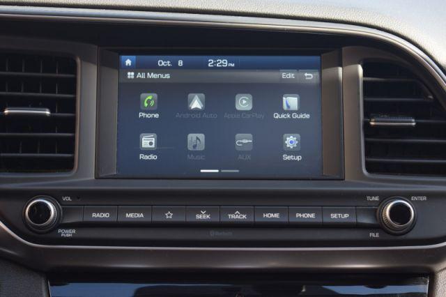 2019 Hyundai Elantra Preferred w/sun and safety pkg  | SUNROOF | HEATED WHEEL | APPLE