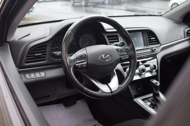 2019 Hyundai Elantra Preferred w/sun and safety pkg    HEATED SEATS   LANE DEPARTURE