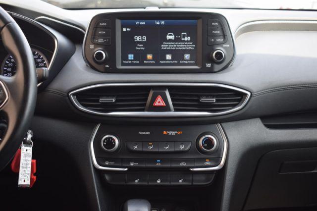 2019 Hyundai Santa Fe 2.4L Essential w/Safety Pkg/Dk Chrome Accent AWD    HEATED SEATS