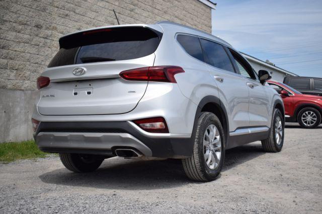 2019 Hyundai Santa Fe 2.4L Essential w/Safety Package AWD    AWD   HEATED SEATS  