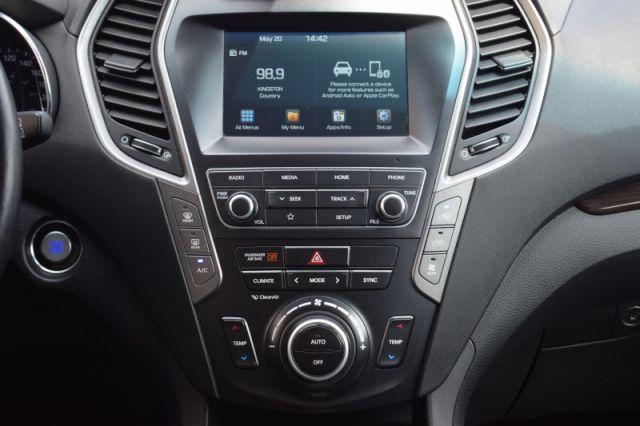 2019 Hyundai Santa Fe XL 3.3L Preferred AWD 7 Pass    FRONT & REAR HEATED SEATS  