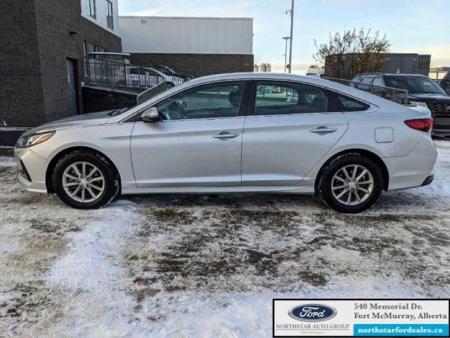 2019 Hyundai Sonata Essential   ASK ABOUT NO PAYMENTS FOR 120 DAYS OAC