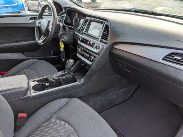 2019 Hyundai Sonata Essential  |UP TO $10,000 CASH BACK O.A.C