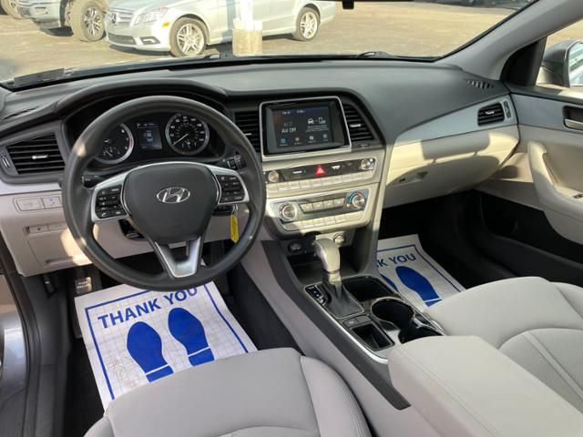 2019 Hyundai Sonata SE 2.4L
