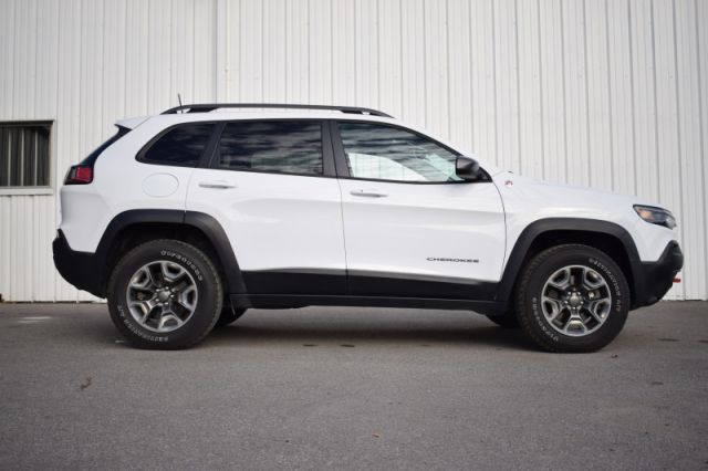 2019 Jeep Cherokee Trailhawk  4X4 | POWER LIFTGATE