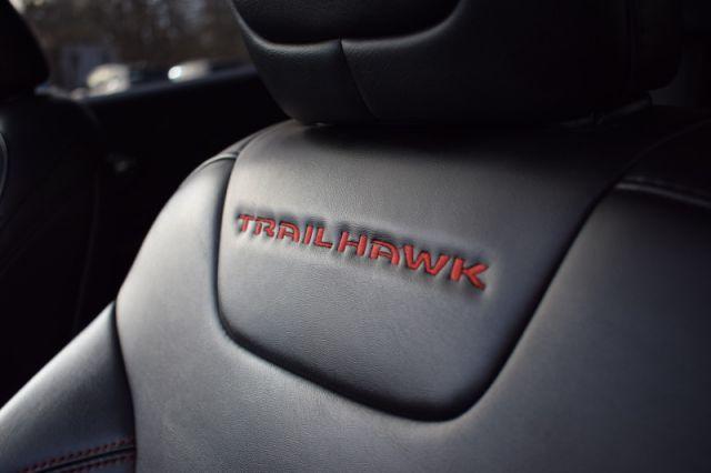 2019 Jeep Cherokee Trailhawk  | 4X4 | POWER LIFTGATE