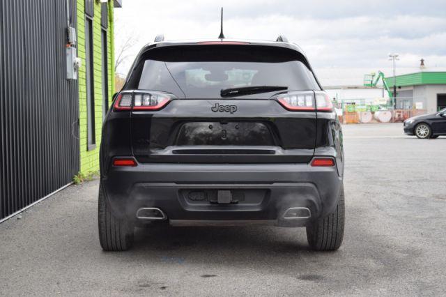 2019 Jeep Cherokee Altitude  - Leather Seats -  Heated Seats