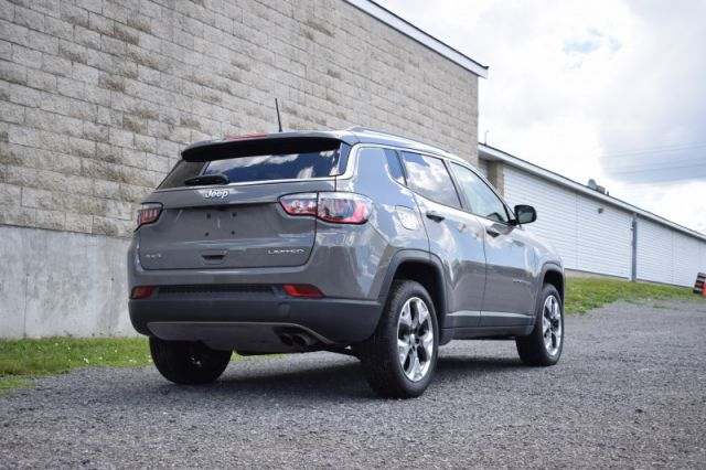 2019 Jeep Compass Limited  - Navigation -  Leather Seats - $186 B/W