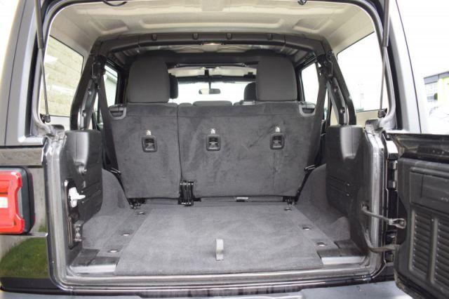2019 Jeep Wrangler Unlimited Sport    4X4   HEATED SEATS & WHEEL  