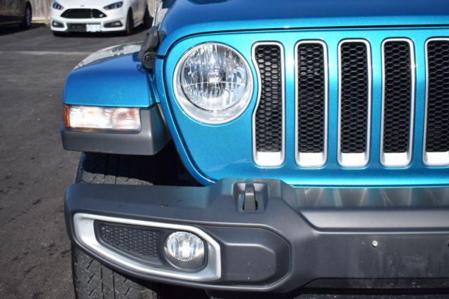 2019 Jeep Wrangler Unlimited Sahara    HEATED SEATS & WHEEL   DUAL CLIMATE  