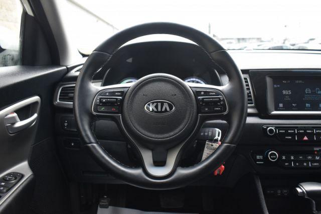 2019 Kia Niro L    HEATED SEATS & WHEEL  