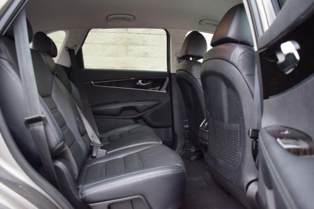 2019 Kia Sorento EX    AWD   ANDROID AUTO & APPLE CARPLAY