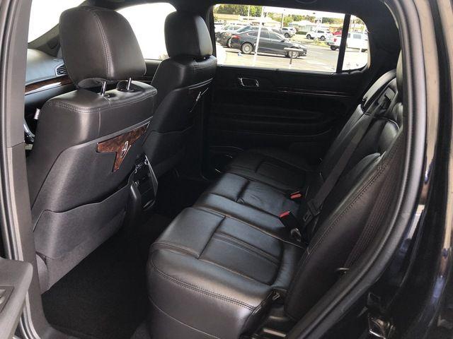 2019 Lincoln MKT 3.7L AWD w/Livery Pkg