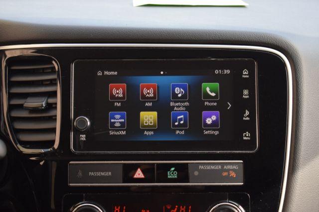 2019 Mitsubishi Outlander ES    AWD   HEATED SEATS  