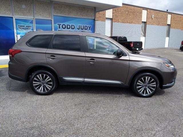 2019 Mitsubishi Outlander ES AWC