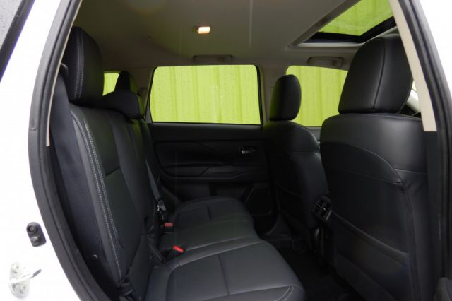 2019 Mitsubishi Outlander GT S    HEATED SEAT & WHEEL   LEATHER  