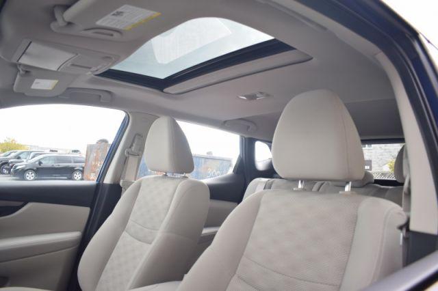2019 Nissan Qashqai FWD SV CVT  - Sunroof - Low Mileage