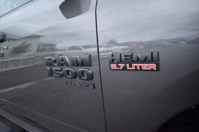 2019 Ram 1500 Classic Express    DUAL CLIMATE   BACK UP CAM  