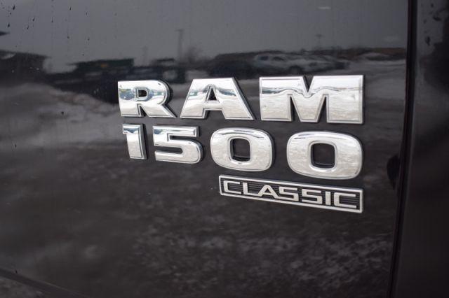 2019 Ram 1500 Classic SLT  | 4X4 | BACK UP CAM