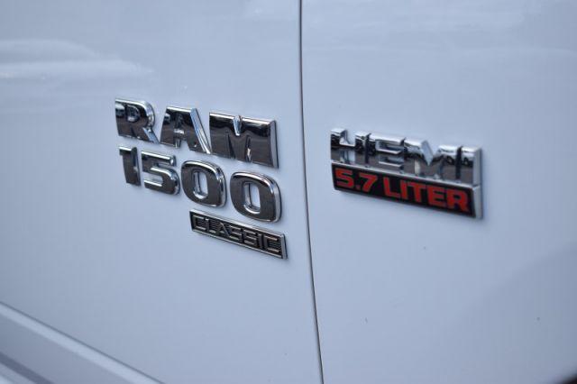 2019 Ram 1500 Classic SLT  | DUAL CLIMATE | BACK UP CAM |