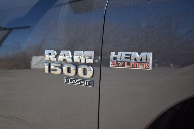 2019 Ram 1500 Classic SLT  | 4X4 | BACK UP CAM |