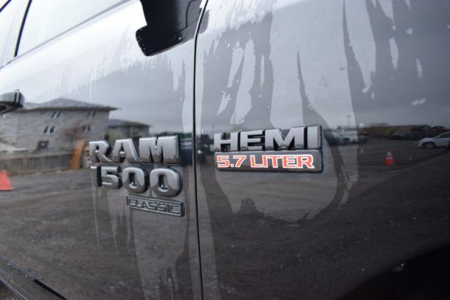 2019 Ram 1500 Classic SLT  | 4X4 | NAV | DUAL CLIMATE |