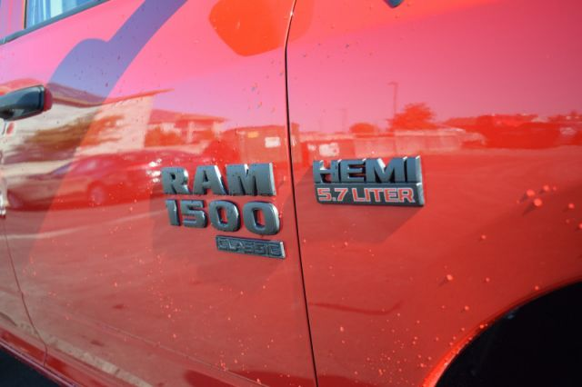 2019 Ram 1500 Classic Express  | 4X4 | BACK UP CAM |