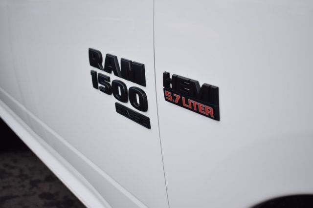 2019 Ram 1500 Classic Express    BLUETOOTH   BACKUP CAM  