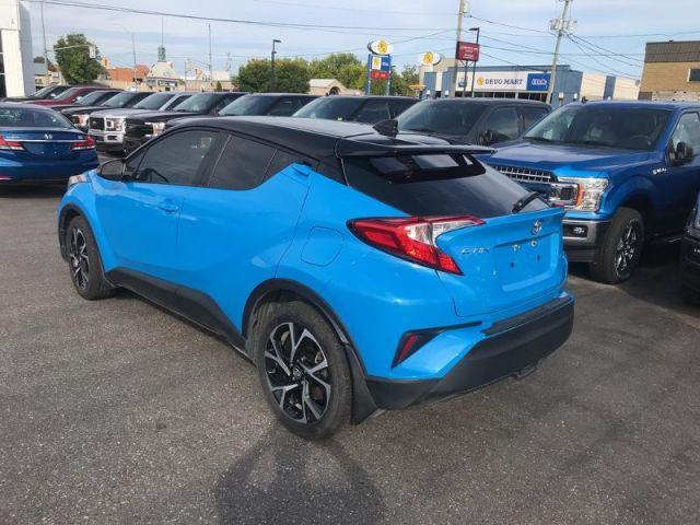 2019 Toyota C-HR de base