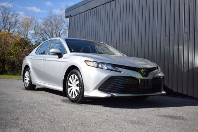 2019 Toyota Camry LE  | BACK UP CAM | LANE ASSIST