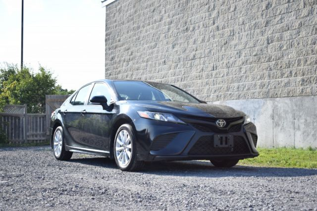 2019 Toyota Camry SE  - Navigation -  Heated Seats