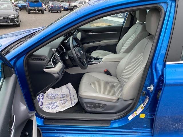 2019 Toyota Camry SE Auto